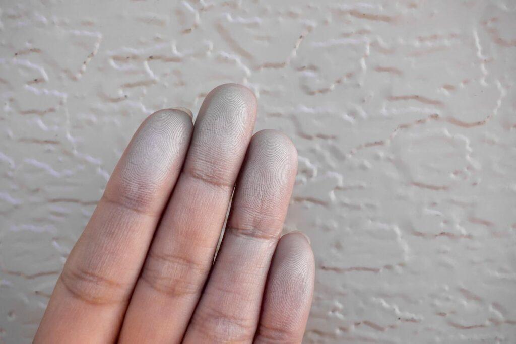 外壁塗装のタイミングとポイントについて